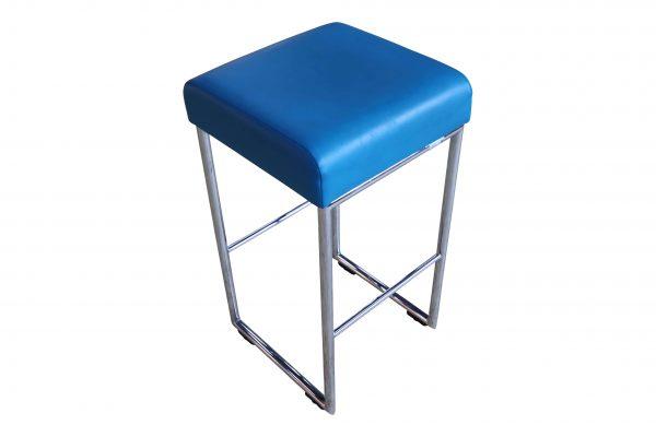 Allermuir Pause Highchair Barhocker blau Schrägansicht