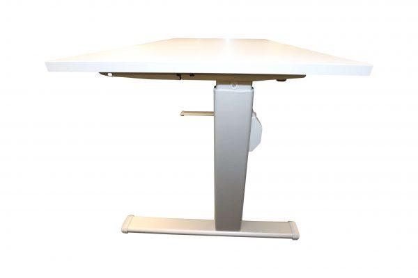 Actiforce Schreibtisch lichtgrau elektrisch höhenverstellbar runtergefahren Seitenansicht
