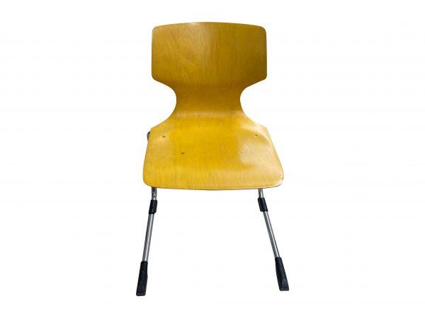 Ass 7811 Stapelstuhl Schulungsstuhl gelb Größe 6 Baujahr 2019 Frontalansicht