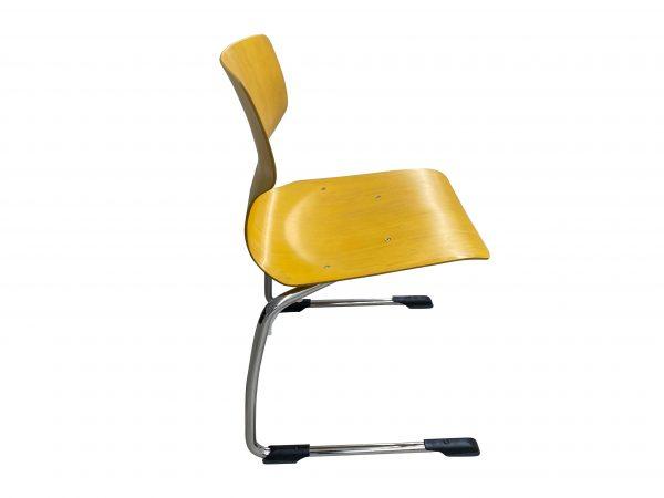 Ass 7811 Stapelstuhl Schulungsstuhl gelb Größe 6 Baujahr 2019 Seitenansicht