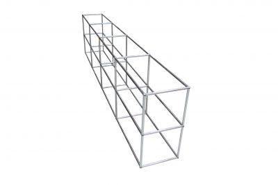 Schritt 1 im Aufbau eines USM Haller Sideboards. Die Konstruktion des Rahmengestelles
