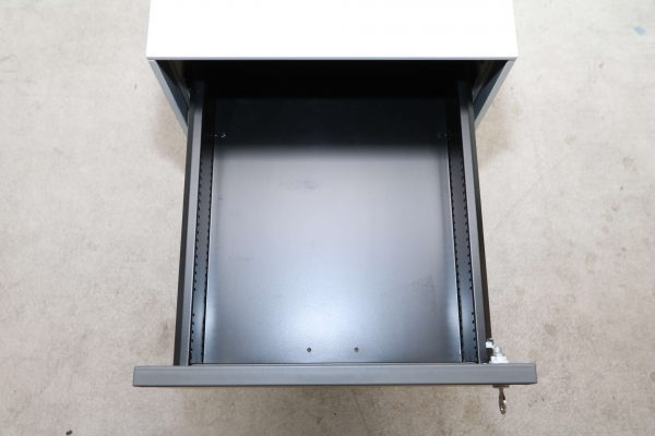 Bene Rollcontainer-lichtgrau anthrazit mittlere Schublade