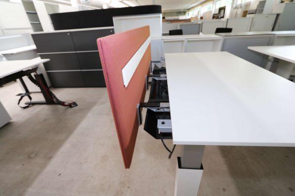 Bene Schreibtisch komplett weiss mit Trennwand seitlich