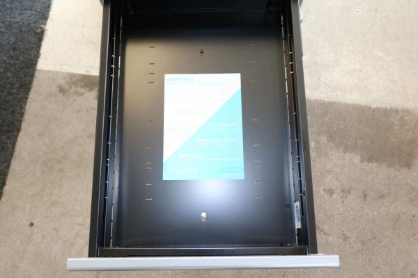 Bisley Rollcontainer silber Neumöbel mit hoher Schublade originalverpackt obere Schublade