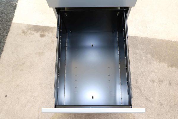 Bisley Rollcontainer silber Neumöbel mit hoher Schublade originalverpackt untere Schublade
