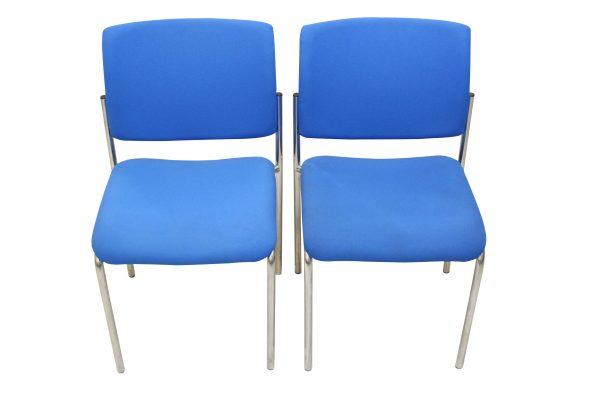 Dauphin Besprechungsstuhl Blau Vorderansicht