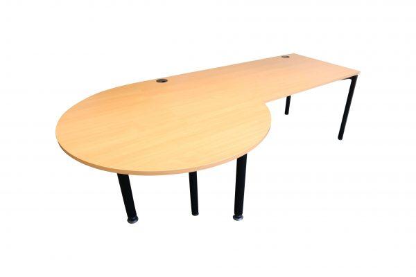 Fleischer Büroschreibtisch Buche mit 45 Grad Winkel Tisch mit Besprechungstisch