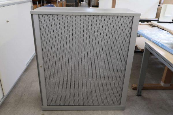 Gesika Sideboard mit Akustikquerrollo grau 3 OH Ansicht von vorne