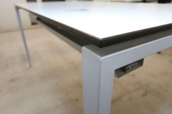 Hali Komplettarbeitsplatz arcticwhite Tisch Tischgestell