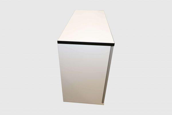 Hali Sideboard weiß schwarze Kante 2OH 120 cm Seitenansicht