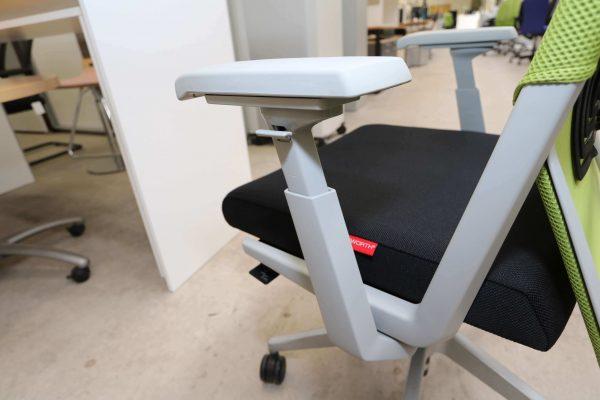 Haworth Comforto 59 Drehstuhl mit Netzrücken schwarz grün Hersteller