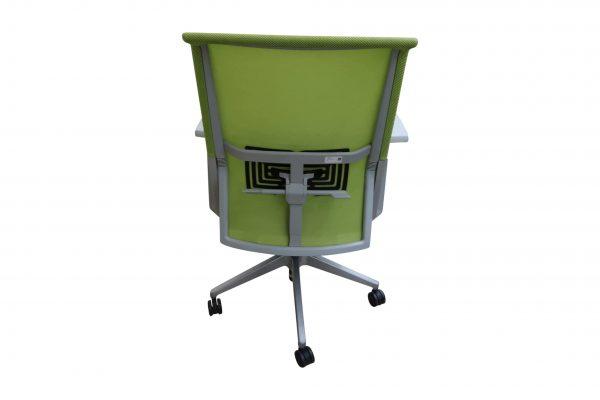 Haworth Comforto 59 Drehstuhl mit Netzrücken schwarz grün Ansicht von hinten