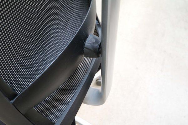 Haworth Comforto X-88 Chefsessel Netzrücken schwarz Lordosenstütze