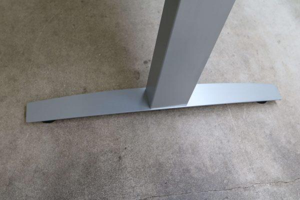 Haworth Schreibtisch schwarz hydraulisch höhenverstellbar Fuß