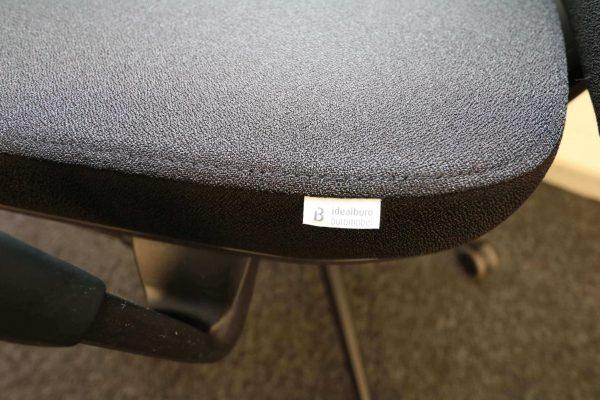 ib Business - ergonomischer Bürostuhl mit schwarzem Stuhlkreuz Logo