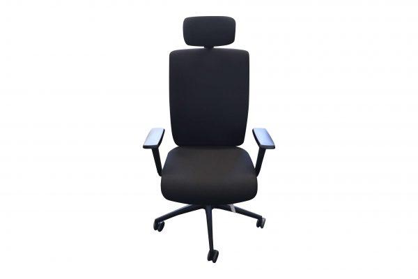 ib Business - ergonomischer Bürostuhl mit Kopfstütze Sicht von vorne