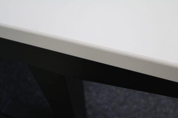 ib Lift elektrisch höhenverstellbarer Tisch lichtgrau Kantenansicht