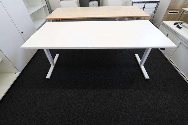 ib Multisize Weiß 180x80 cm elektrisch höhenverstellbarer Tisch Frontalansicht heruntergefahren
