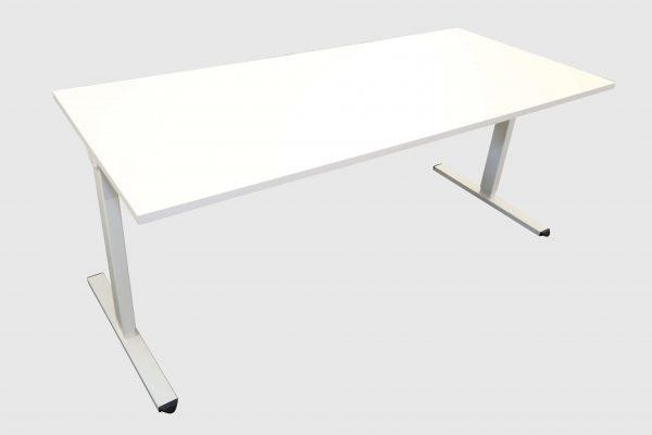 ib Multisize Weiß 180x80 cm elektrisch höhenverstellbarer Tisch Schrägansicht