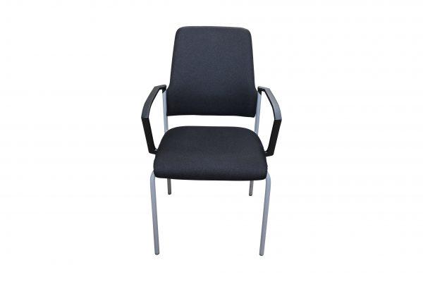 nterstuhl Goal schwarz gebraucht 4 Fuß Stuhl Frontalansicht