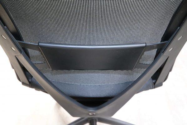 König & Neurath Bürodrehstuhl aus der Serie OKAY Schwarz Lordose