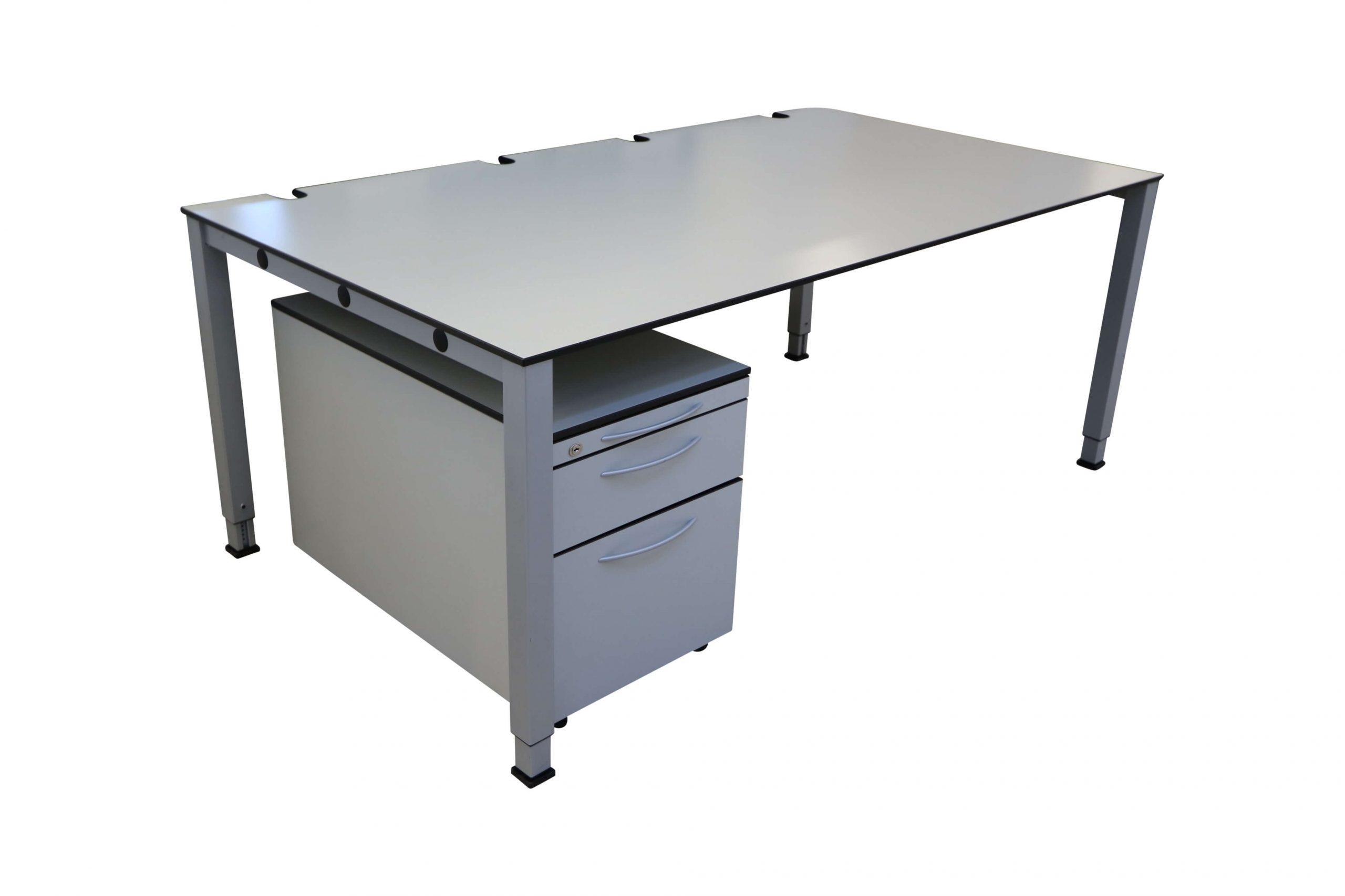 Schreibtisch Arbeitsplatz König und Neurath