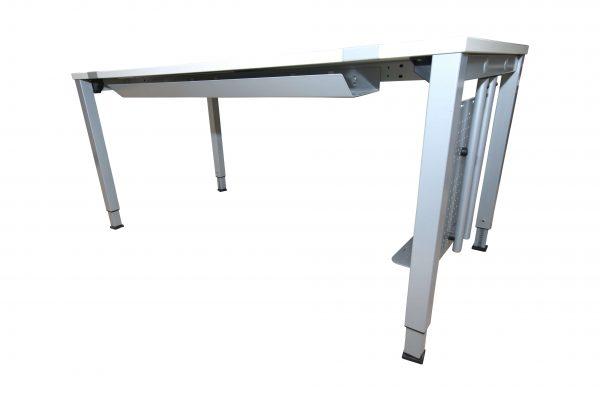 König & Neurtah Basic Schreibtisch weiss Kabelkanal
