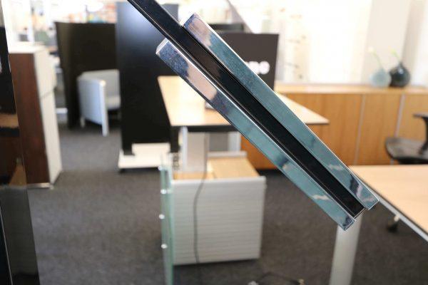 Luxit Top Ten Floor schwarz Designer Standlampe seitliche Aufnahme Gewicht