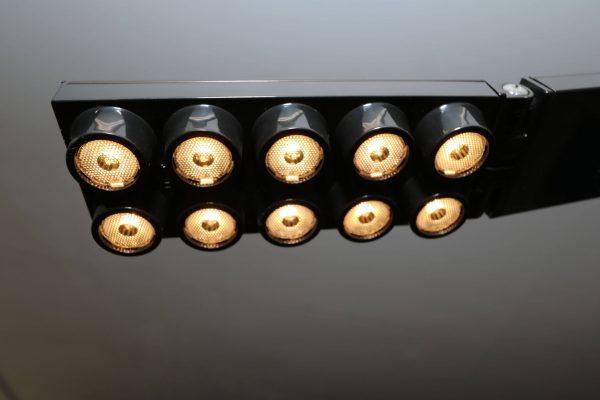 Luxit Top Ten Floor schwarz Designer Standlampe Nahaufnahme Leuchte