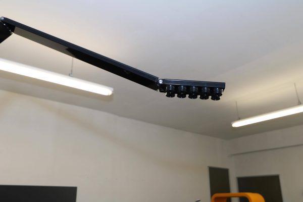 Luxit Top Ten Floor schwarz Designer Standlampe Sicht von schräg unten