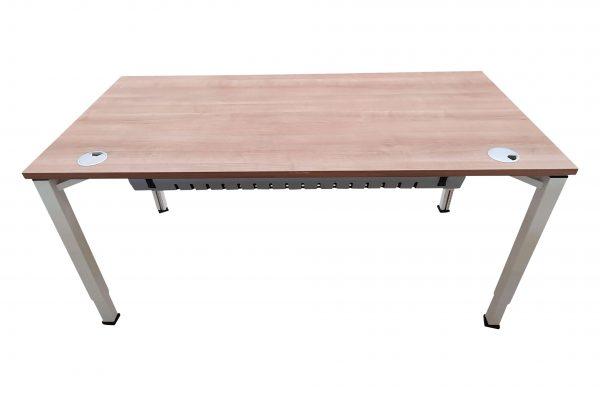 Oka Schreibtisch Nussbaum weiß verschiedene  Größen vorrätig Frontalaufnahme