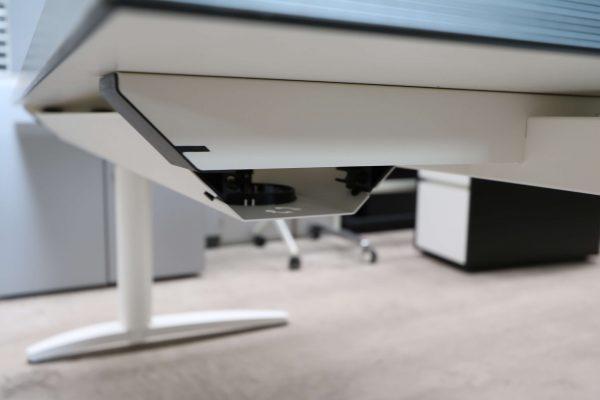 Palmberg Caldo Schreibtisch weiß mit Multiplexkante Kabelkanal