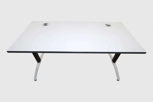 Palmberg Palmega Schreibtisch weiß Mustermöbel Rückseitenansicht
