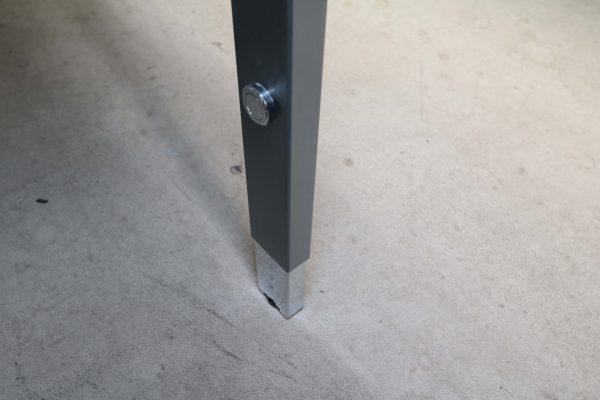 Palmberg Pensum Schreibtisch weiß schwarze Kante Taster Höhenverstellung