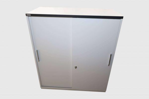 Palmberg Prisma 2 Highboard weiß schwarze Kante 3 OH in 2 Ausführungen Frontalansicht