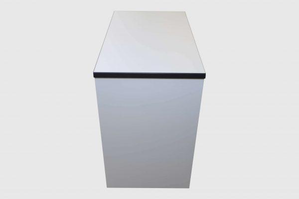 Palmberg Standcontainer weiß mit schwarzer Kante Rückansicht