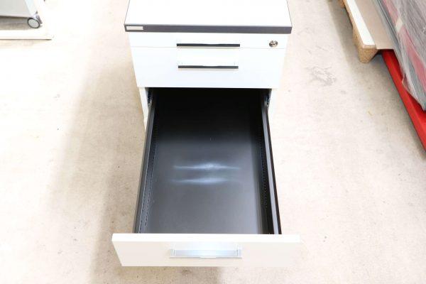 Palmberg Standcontainer weiß mit schwarzer Kante zweitoberste Schublade