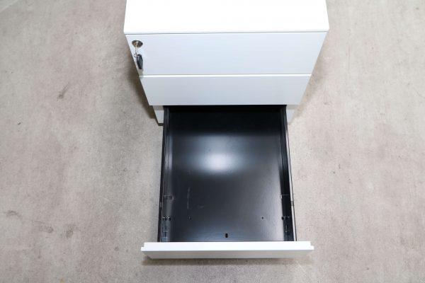 Sedus Rollcontainer Metall kurz Weiß dritte Schublade
