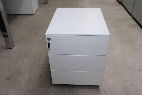 Sedus Rollcontainer Metall kurz Weiß Sicht von vorne