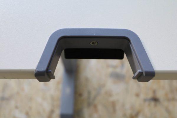Sedus C-Fuß Schreibtisch Schulungstisch 120 cm breit Kabeldurchlass