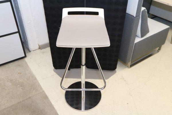 Sedus Meet Chair 901 Beigegrau Frontalaufnahme