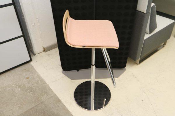 Sedus Meet Chair 901 Rose seitlich
