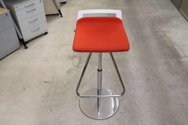 Sedus Meet Chair 901 Rot Frontalansicht