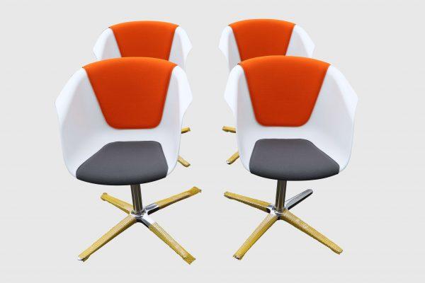 Sedus On Spot weiß-grau-orange Besprechungsstuhl vier Stück im Paket Frontalansicht