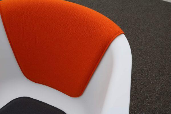 Sedus On Spot weiß-grau-orange Besprechungsstuhl vier Stück im Paket Rückenpolster