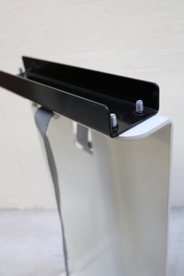 Sedus PC-Gehäusehalter versch. Farben in weiß Tischaufnahme