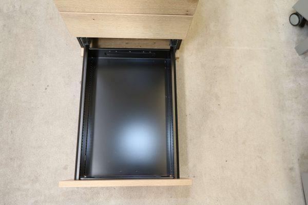 Sedus Rollcontainer kurz Balkeneiche Mustermöbel Schublade 3 geöffnet