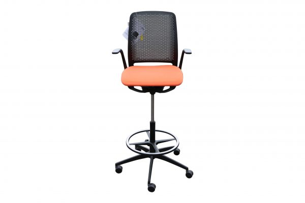 Sedus Se motion Highchair versch. Farben orange Sicht von vorne