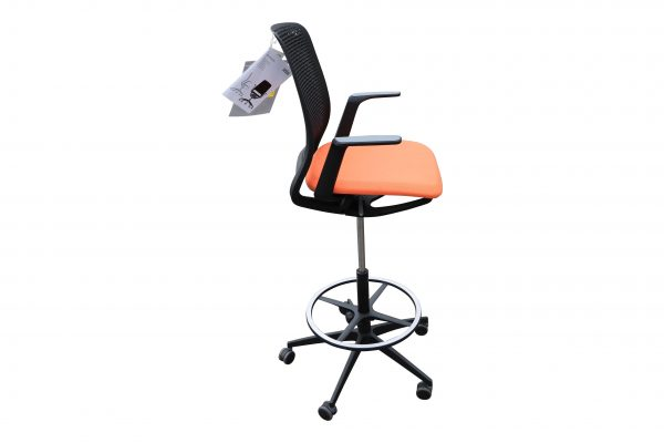 Sedus Se motion Highchair versch. Farben orange Seitenansicht
