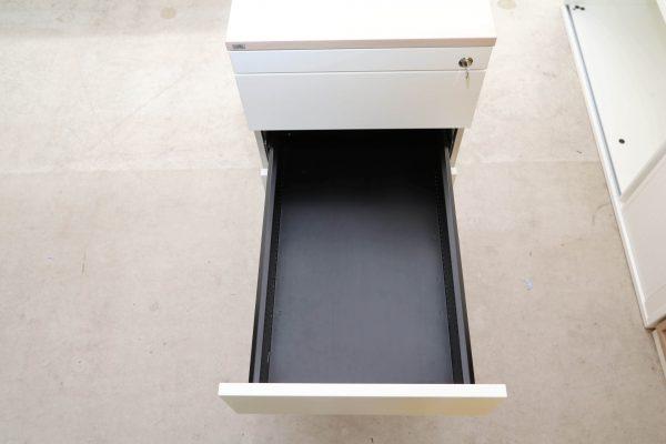 Sedus Standcontainer Akazie weiß mit tiefen Fach dritte Lade geöffnet
